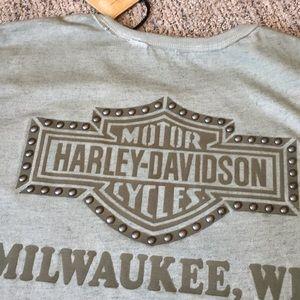 Harley Davidson Riveted T-shirt. New.
